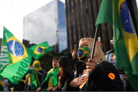 البرازيل .. زيادة قياسية في إصابات كورونا اليومية