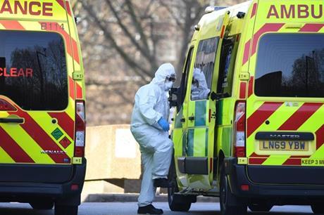 بريطانيا .. أكثر من مليوني مصاب بكورونا عانوا من أعراض الفيروس لفترة طويلة